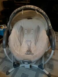 Graco swing  asking $80 Bradford West Gwillimbury, L3Z 1X2