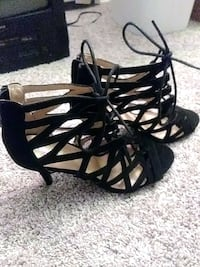 pair of black open-toe strappy heeled sandals Denver, 80246