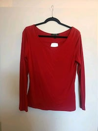 Wide neck long sleeve red top with peep hole back Vancouver, V6Z