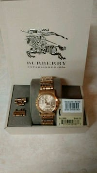 Ladies BURBERRY Gold Watch Portland