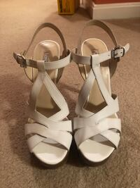 Pair of white leather open toe ankle strap heels Woodbridge, 22191
