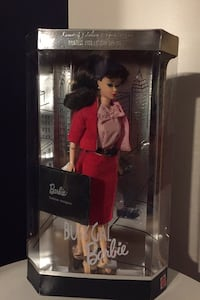 1995 Busy gal Barbie limited edition reproduction 1960 fashion n doll Indianapolis, 46239