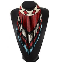 Beaded bib necklace Longueuil, J4J 3H5