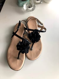 Black Flower Sandals- Size 8
