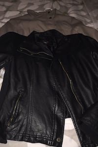 Women's jacket black and beige medium 2 of the same jackets Toronto, M6J 2P6