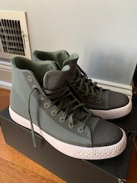Converse High Top Size 9 Lawrence Township, 08648