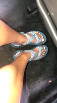 Brand new size 6 Chaco sandals. Round Rock, 78681
