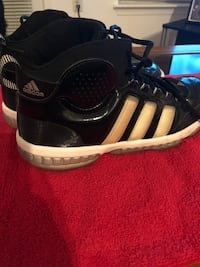 Adidas Basketball Shoes size 11.5 Falls Church, 22042