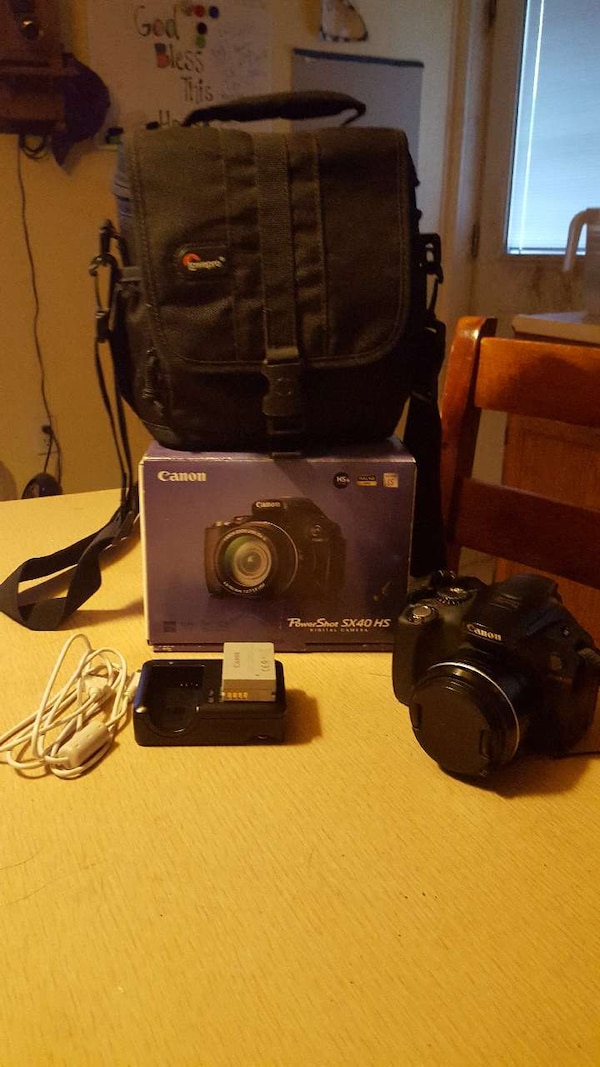 Canon SX40 HS with accessories