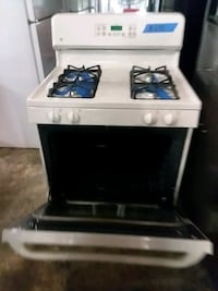 Ge stove gas excellent conditions  Baltimore, 21223