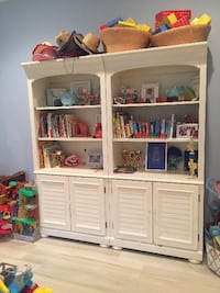 Set 2 Bookshelves/TV Entertainment Palm Beach Gardens