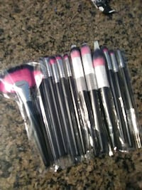 $27 for 13pcs high quality make up brushes