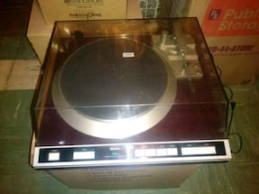 Denon dp61f fully automatic Turntable