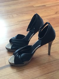 pair of black leather open-toe heeled sandals Lakewood, 80214