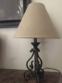 Lamp black metal base with tan colored shade in perfect condition Denham Springs, 70726