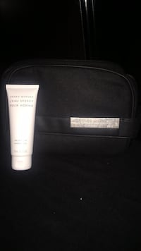 Issey Miyake L'eau D'issey Brand New mens Toiletry Bag comes with shower gel Vancouver, V6J