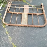Full size head and foot board no railing very old Manchester, 37355
