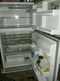 white top-mount refrigerator Lebanon, 97355