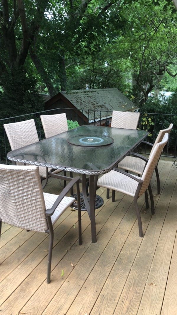 Patio Table & 6 chairs - Used Patio Table & 6 Chairs For Sale In Melville - Letgo