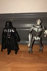 Star wars darth vader and genral greavous figures Toronto, M8Y 2P9