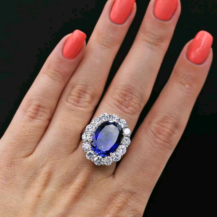 Fantastic Blue Sapphire and Diamonds on sides Ring DS-21005 - SHIPPING