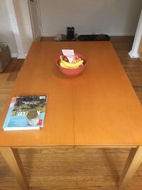 Large expandable kitchen table Toronto, M5N 1G3