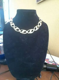 silver-colored chain necklace Dos Palos, 93620