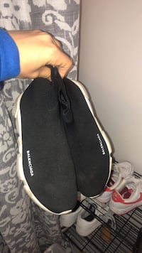 Balenciaga speed runners authentic Vancouver, V5V 4M8