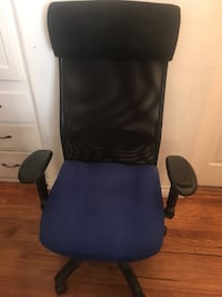 Blue and Black Office Chair  Los Angeles, 91423