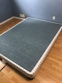 Queen size Mattress and Boxspring. London, N5V 4Z2