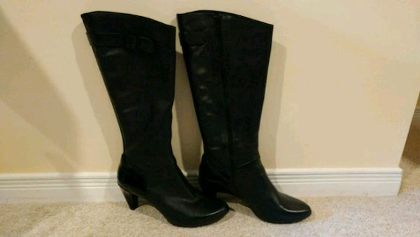 Size 8.5 TSUBO Leather/Patent Boots