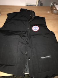 Extra Small Men's Canada Goose Vest