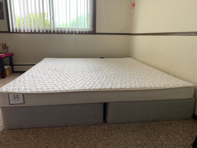 King Size Bed with Mattress and Box Spring fc3ed434-77a2-4a6e-b419-40af1e96d66a