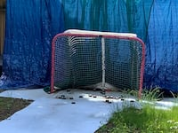 6x8 synthetic ice 3 sheets and hockey  net