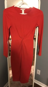 women's red long-sleeved dress St Catharines, L2S 2Z3