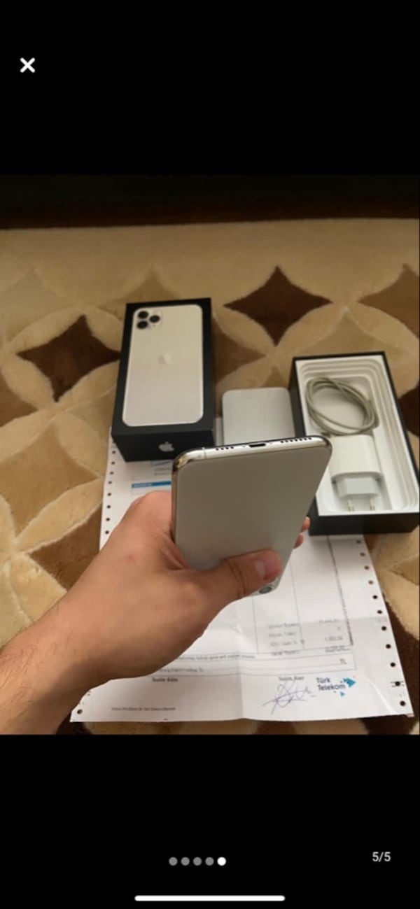 Iphone 11 pro max 256 gb ff2a2eff-3813-41d0-94bb-fa7c3247ba9d