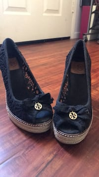 GORGEOUS MUST SEE! AUTHENTIC TORY BURCH WEDGES SIZE 7.5 Irvine, 92618