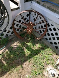 Old wagon wheel  Wills Point, 75169
