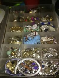 Costume jewelry  Weirsdale, 32195