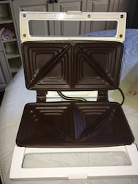 Grilled cheese maker 795 km