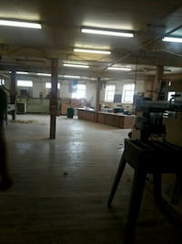 COMMERCIAL For Rent 1BA Bloomfield