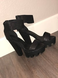Pair of black open-toe ankle strap heels Grand Prairie, 75051