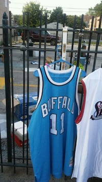 blue and red Chicago Bulls 23 jersey Chicago, 60619