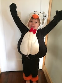 Kids penguin Halloween costume New Westminster, V3L