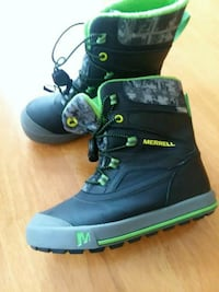 Kids winter boots by Merrell Coventry, 02816