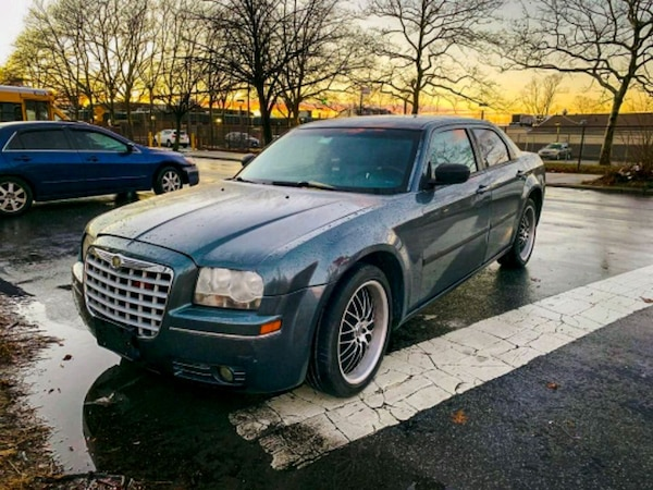 Chrysler 300 No Issues Runs Great