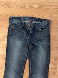 Guess Jeans Women's Size 29 Mississauga, L5N