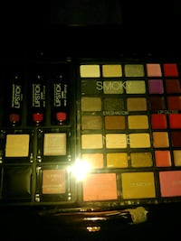 Maybelline make up palette with box Columbus, 43205