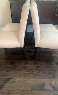 Tuffed Dining Chairs (6)  Vaughan, L4H 2N1