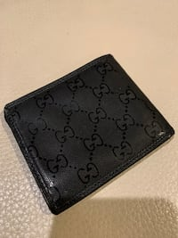 Authentic Gucci Wallet Coquitlam, V3B 7Z2
